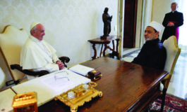 Pope visits Egypt to mend ties between Muslims and embattled Christians