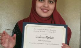 The AANews reporter Zahraa Farhat receives UM-D Mentor of the Year award