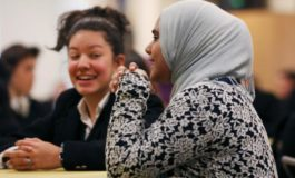 To ease fears, U.S. Muslim schools reach out to neighbors