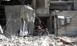 Air strikes kill 31, including children, in Syria's Eastern Ghouta