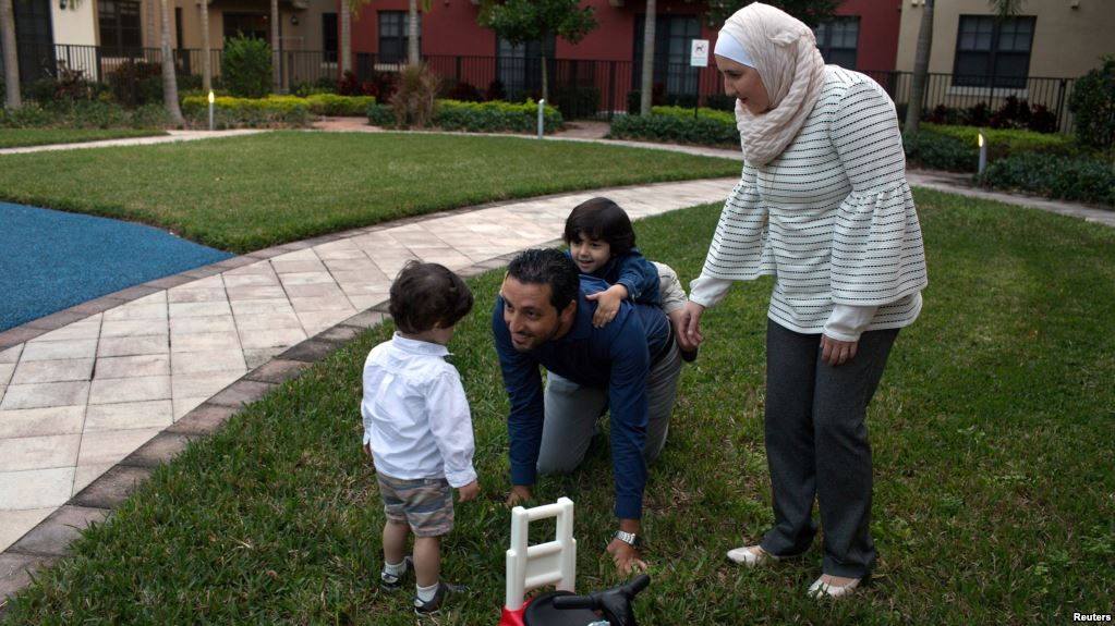 Re-registration for Syrians with temporary protected ...