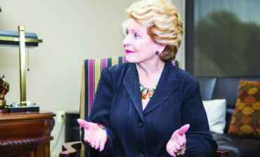 U.S. Senator Debbie Stabenow urges harder push for a 'blue wave', vows to stand against bigotry in Washington