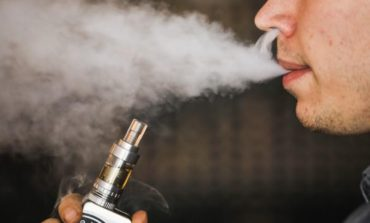 E-cigarette vapor tied to changes in lung cells