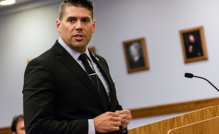 Former assistant attorney general pleads no contest to willful neglect