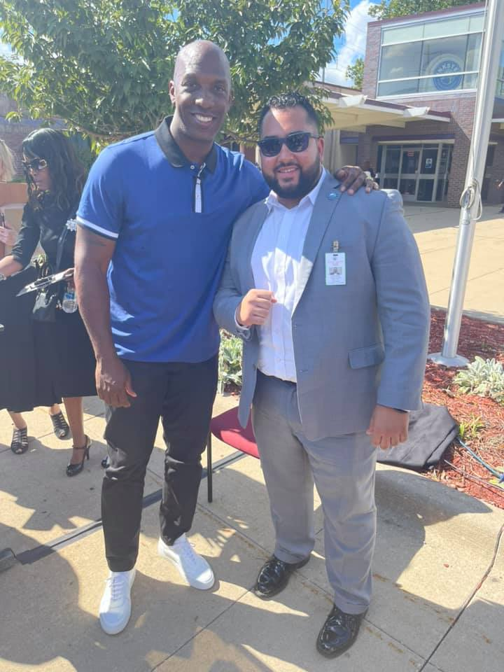Former Detroit Pistons player Chauncey Billups with Saif Alsenad, executive director to the mayor's office