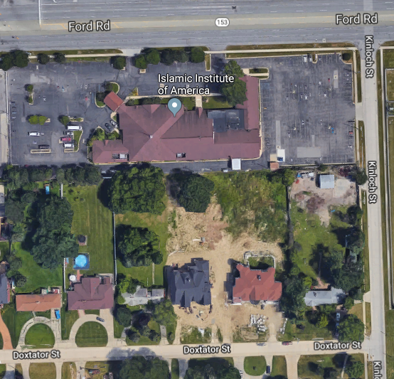 Aerial view of the mosque and its parking lot. The prayer room is located on the east side of the building down the alley from Berry's residence. Crestwood Highschool is located further down Kinloch street.