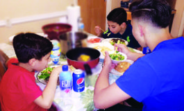 Muslim children teach lessons about discipline every Ramadan