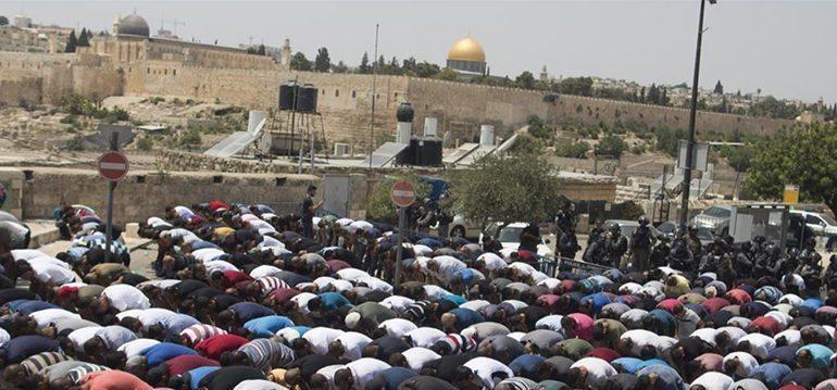 Jew Detector: Israel Replaces Al-Aqsa Mosques Metal Detectors With