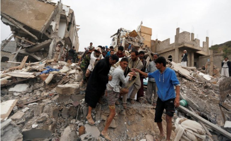 Yemen: Saudi-led coalition air raid kills at least 12, including six children