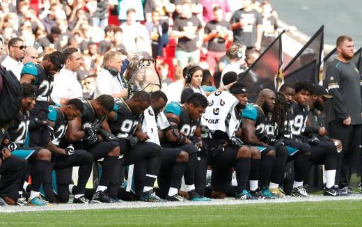 Trump says NFL should ban player protests during anthem