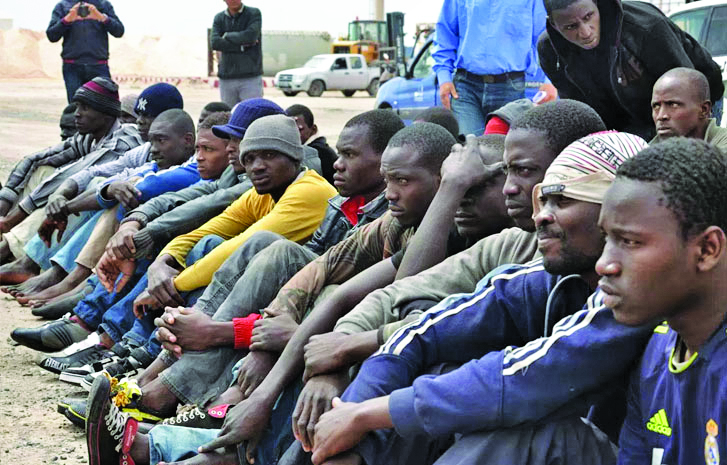 Israel offers African migrants money to leave or face imprisonment