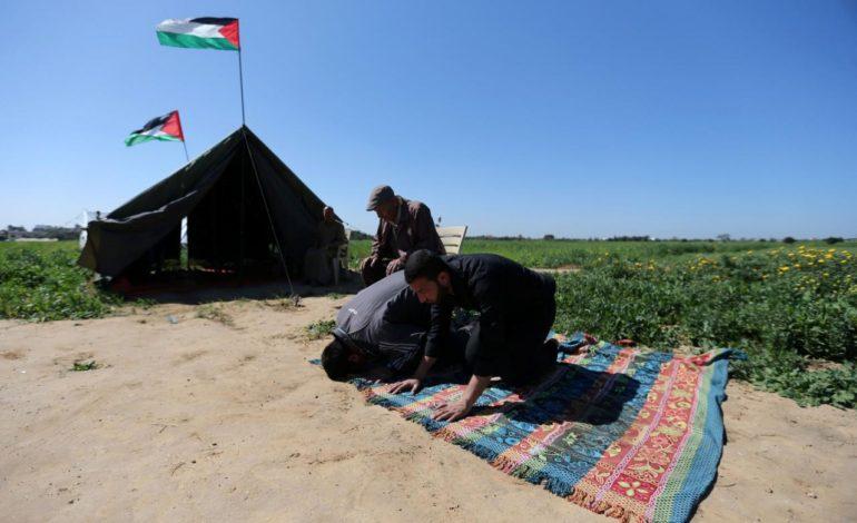Palestinians in Gaza plan tent city protest along Israeli border