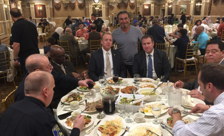 Local officials host iftars for area Muslims