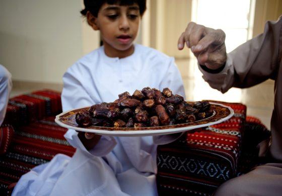 Survey: 80 percent of American Muslims observe Ramadan by fasting