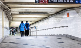 1 In 4 hijabi women experienced shoving on NYC subway