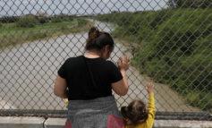 Federal court blocks detention of asylum seekers