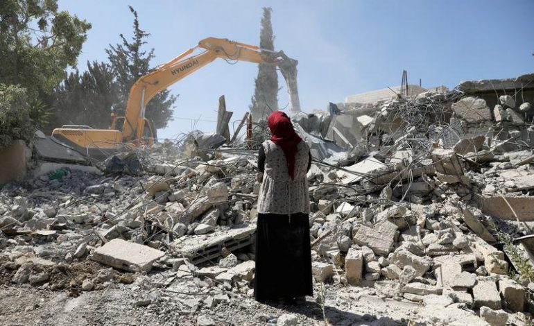 Palestinians in Jerusalem demolish own homes rather than see Israelis move in