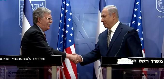 Iran threatens to hit U.S., Israeli targets if attacked