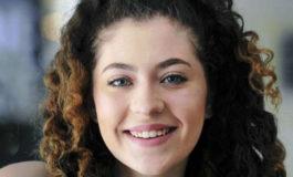 Teen creates website to help children of deportees