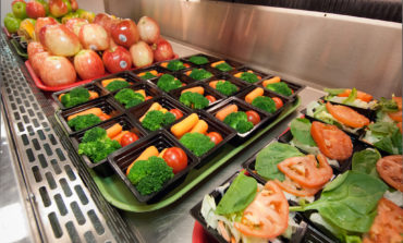 Dearborn School District to offer free breakfast and lunch to all students