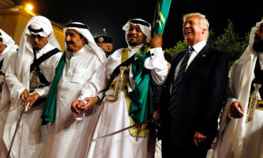 Trump won't halt Saudi arms sales over journalist disappearance