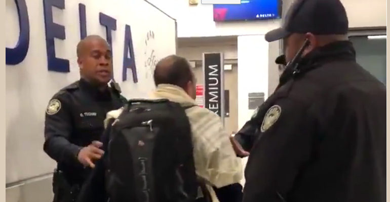 Man arrested after anti-Semitic rant on plane