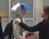Saudi teenager Rahaf Mohammed al-Qunun lands in Canada after Trudeau grants her asylum