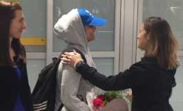 Saudi teenager Rahaf Mohammed al-Qunun lands in Canada after Trudeau grants her asylum