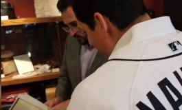 Tigers outfielder Mikie Mahtook receives surprise from Arab American National Museum