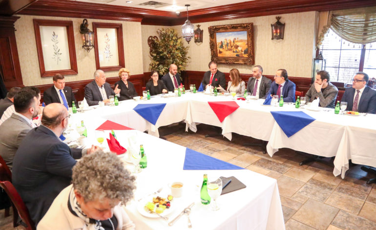 Arab American community leaders meet with Stabenow over anti-BDS bill, protest her 'yes' vote