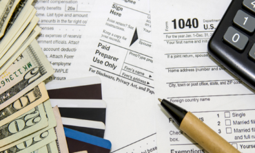 IRS plans to push U.S. tax deadline to May 17