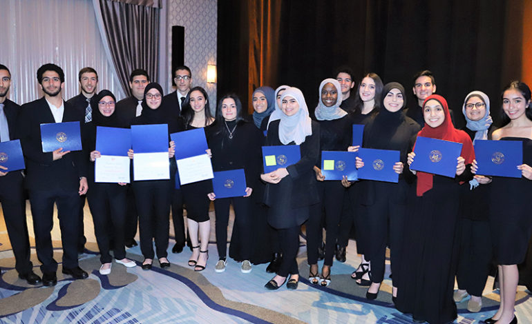 LAHC honors two leaders, awards $60k in scholarships to high achievers in sold-out gala