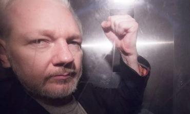 DOJ charges WikiLeaks founder Julian Assange with espionage