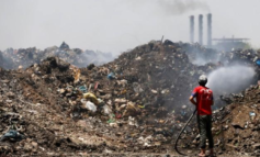 Iraqi citizens choked by worsening pollution problem, government negligence