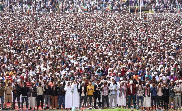 Muslims celebrate Eid, ending Ramadan holy month