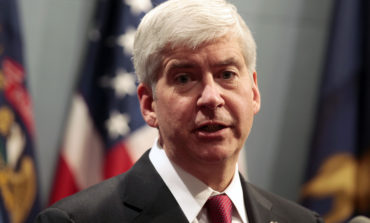 Former Governor Rick Snyder's cell phones, electronic data seized as part of Flint water crisis investigation