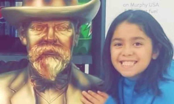 Girl, 9, dies after being mauled by dogs in Detroit; community mobilizes to lend support