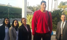 "Egyptian player (and 7-foot-7 ""Giant"") turning heads in African Basketball League"