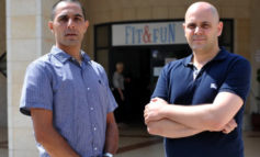 Arab man gets rejected by Upper Nazareth country club; his lawyer then poses as a Jewish man and gets in