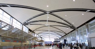 Travelers rank Detroit Metropolitan as the best mega airport in America