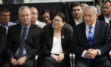 Gantz to Netanyahu: Unity government, not an immunity government