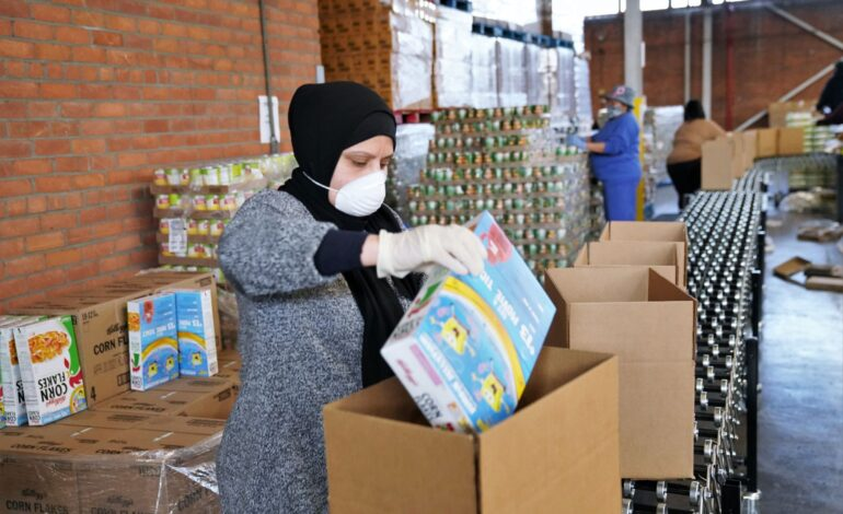 Gleaners brings free meal distribution to Dearborn's Ford Community and Performing Arts Center