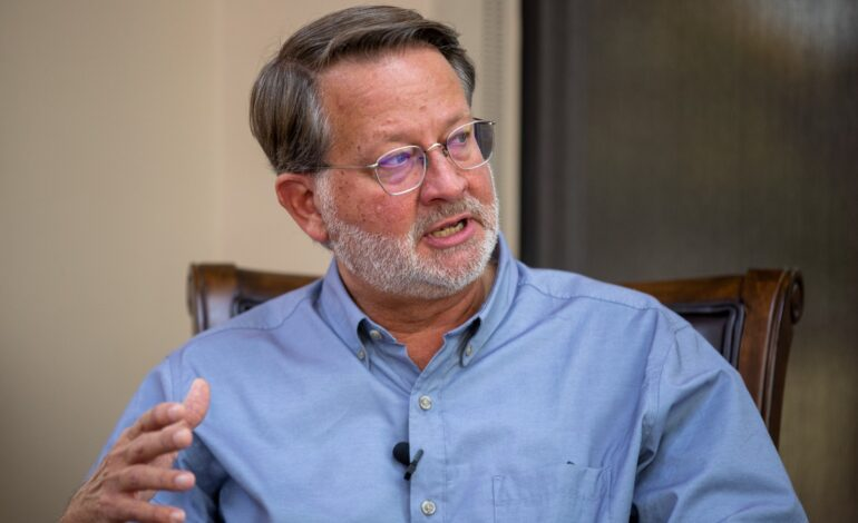 Peters clinches AAPAC endorsement, talks environment, foreign policy, community