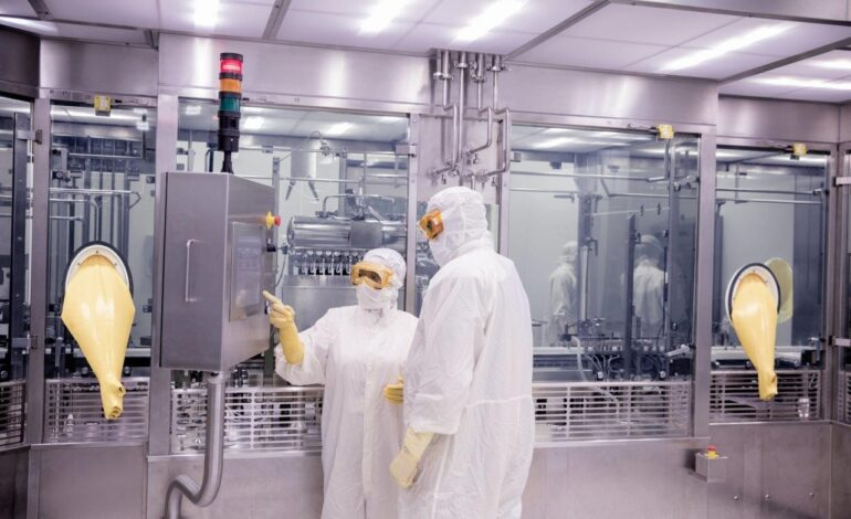 Pfizer S Covid 19 Vaccine Trial Begins Initial Manufacturing In Kalamazoo