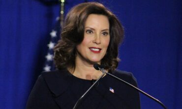 Whitmer signs executive order to re-open construction and real estate, safely