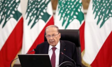 Lebanon's president sees 'civil war' climate as critics boycott meeting