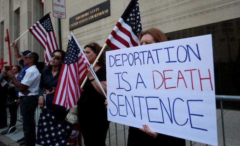 U.S. Supreme Court declines to hear bid by Iraqis to avoid deportation