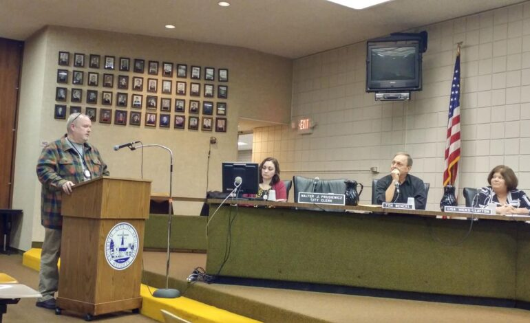 Dearborn Heights resident questions mayor about criminal  background of a city employee; employee responds
