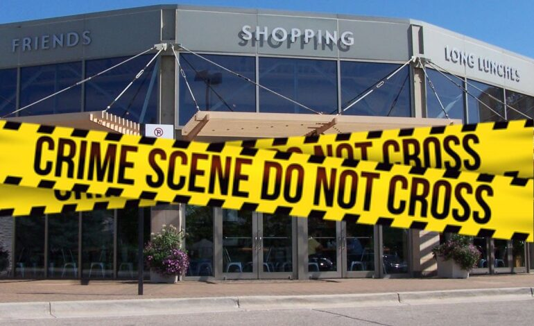 Man shot during robbery at Fairlane Mall