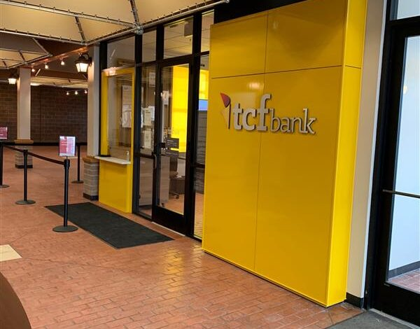 New TCF Banking Center opening in ACC Community Center on West Seven Mile in Detroit
